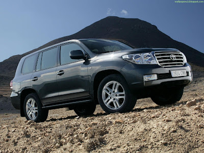 Toyota Land Cruiser Standard Resolution Wallpaper 1