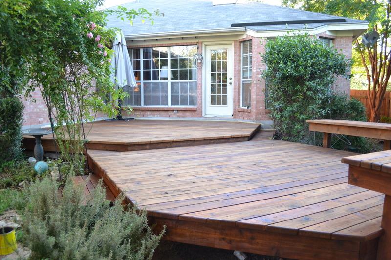 Austin Fence Builder Deck Refinishing Stain