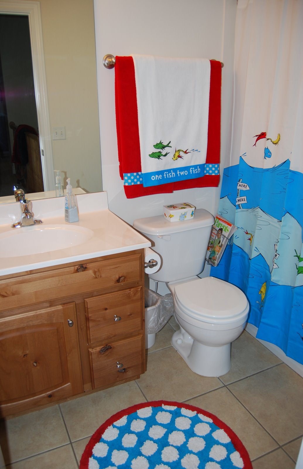 What color would you paint my kids 39 bathroom babycenter for Kids bathroom accessories