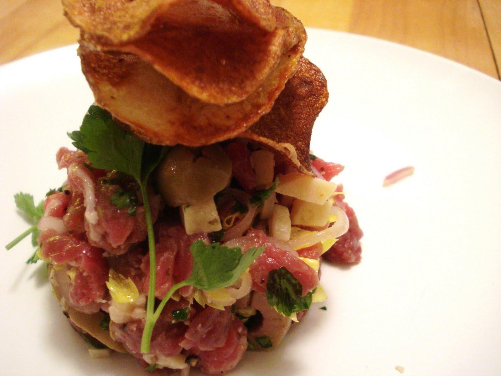 Que Mettre Dans Un Garde Manger presque végé: billet carnivore: le tartare de boeuf du garde