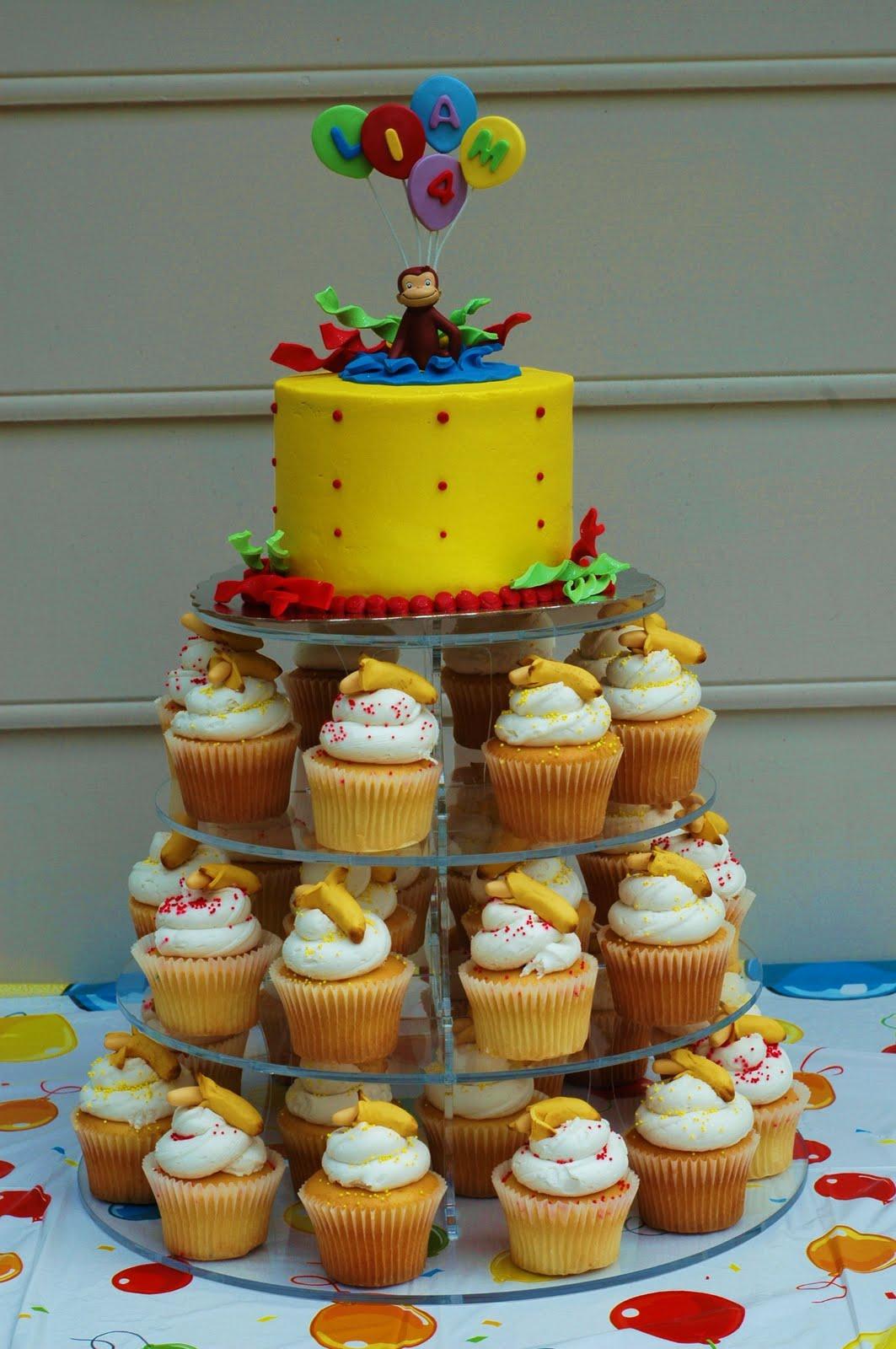 Tara's Cupcakes: April 2010