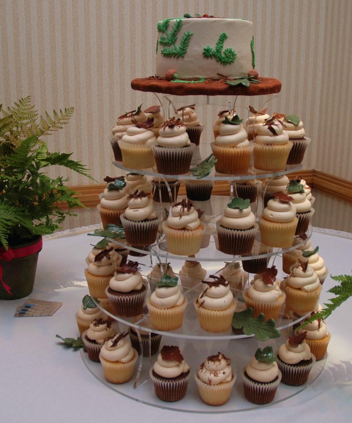 Woodland Themed Wedding Cake: Tara's Cupcakes: Forest Themed Wedding Rehearsal Cake And