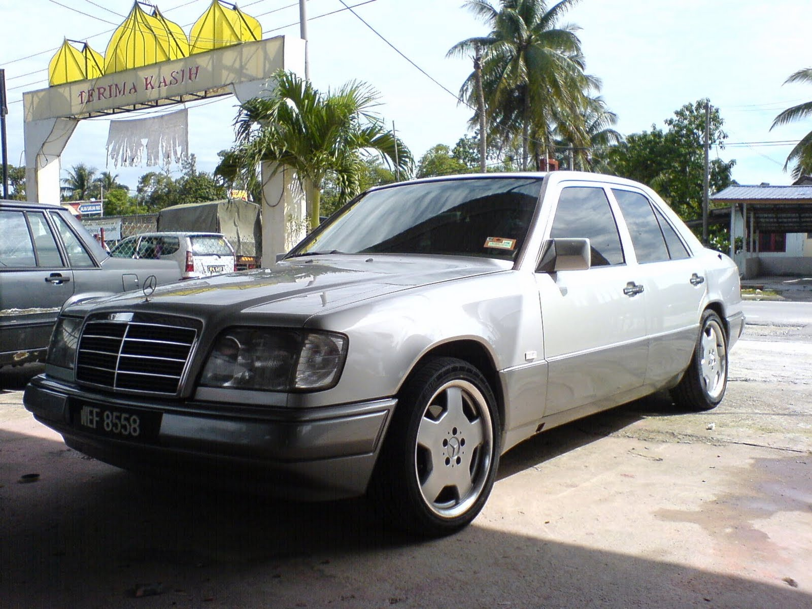 Motoring Malaysia Old Vs New Part Ii 1990 Mercedes Benz