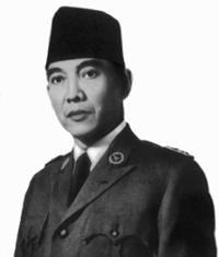 """""""Berikan aku 10 orang pemuda, nescaya akan ku gegarkan dunia"""" - Bapak Sukarno"""