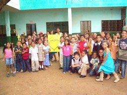 La alegria de los niños en su Dia