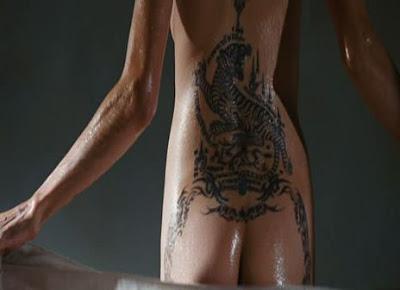 Angelina Jolies Butt 71