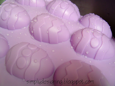 silicone+pans+1 I'm on a mission...Jell-o Jigglers Easter Eggs 10