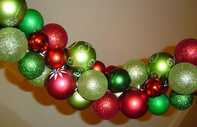 Ornament+String+Closeup Ornament Wreath 20