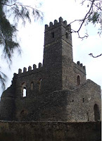 Gondar, recinto imperiale. Una delle residenze della dinastia di Fasilidas. Foto Della Lunga, 2007