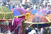 Gondar, Timkat. La processione del clero ortodosso con le tavole della legge. Foto Della Lunga, 2007
