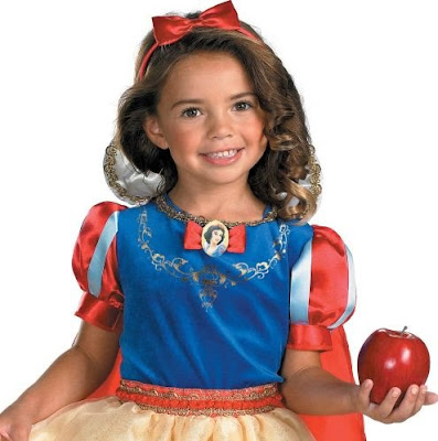 Filmic Light - Snow White Archive: Snow White Costumes and