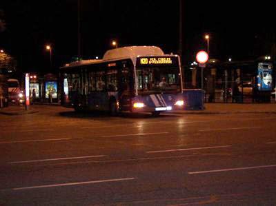 ¿Cómo venimos desde Madrid hasta Fuenlabrada durante la noche en transporte público?