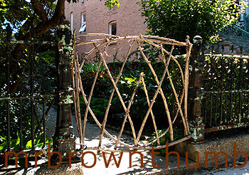 Home Made Garden Gate, Creative Garden Gate, Garden Art