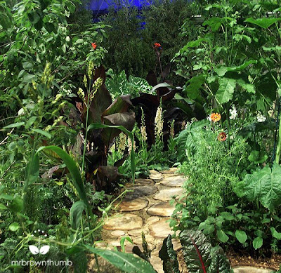 wooden garden path, Chicago Flower & Garden Show