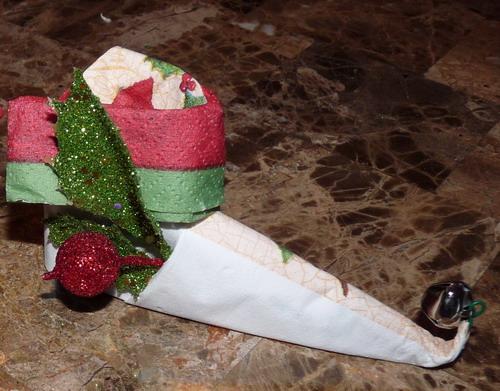 Beyond The Fringe Crafts Christmas Napkin Fold Elf Boot