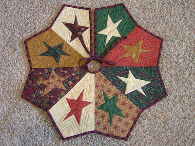 Above Is The Tree Skirt That I Made For My Friend Erica Who Lives In Alberta Canada Shrunk Buggy Barn Pattern From Stir Crazy Book