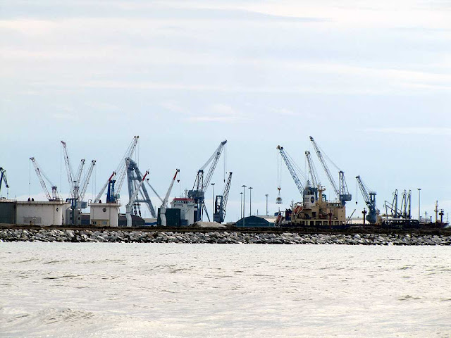 Cranes, port of Livorno