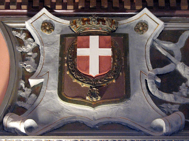 Coat of arms of the House of Savoy, Istituto Pietro Mascagni, Livorno