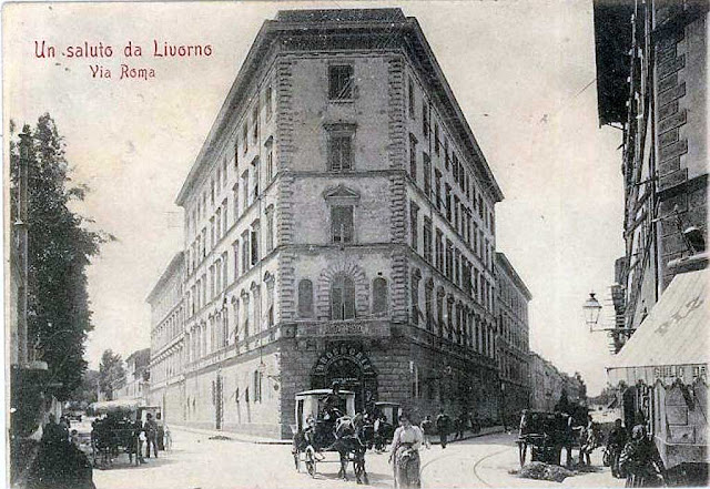 Vintage postcard, building at the corner of via Marradi with via Roma, Livorno