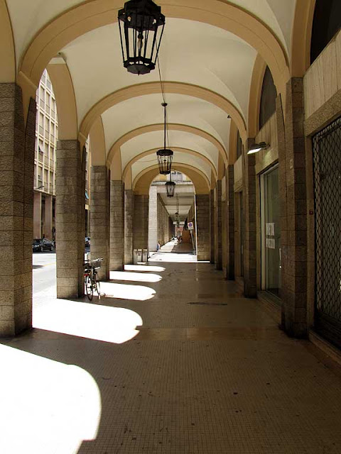 Porticoes of via Grande, Livorno