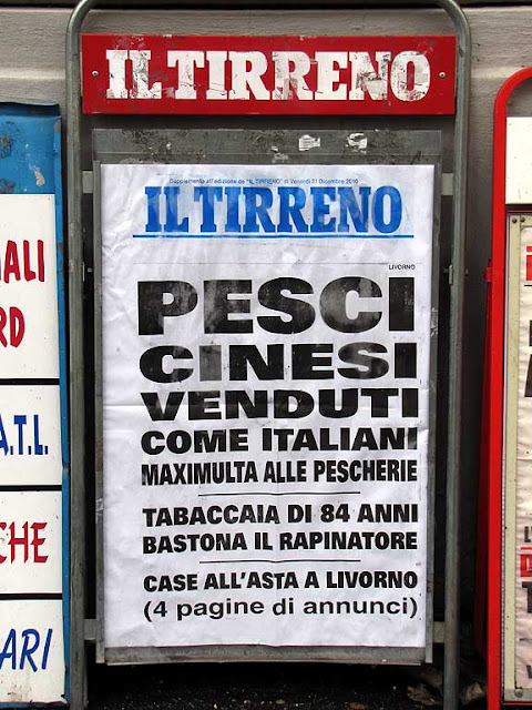 Il Tirreno, 31st December 2010 billboard