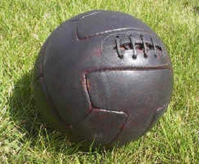 História de bolas de futebol 13199873652fb