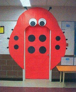 CLASSROOM DOOR DECORATION 3