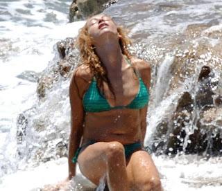 Paulina Rubio in bikini