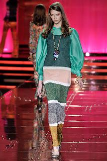 أزياء محجبات 2021 , موضة محجبات 2021 , جباأحدث حجاب 2021 , ملابس محجبات , صور ملابس محت , أناقة محجبات 2021 just-cavalli.jpg