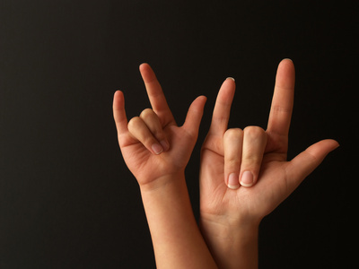 Sweet leigh mama atlanta mommy blog baby sign language for Love sign