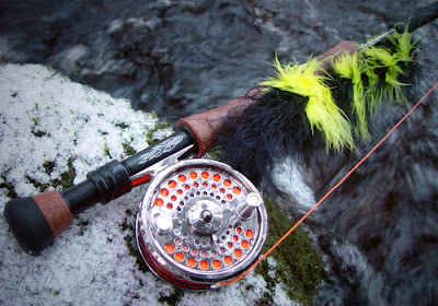 Pike fly-fishing articles: Different strokes for different blokes!