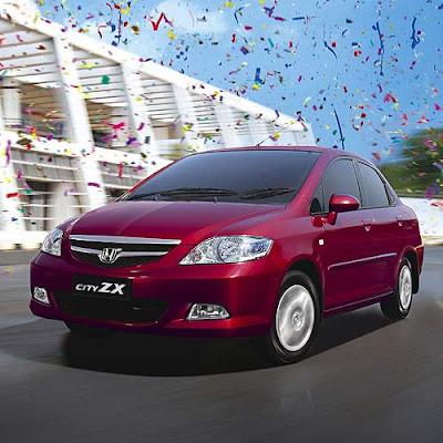 Marking Ten Years Of Its Presence In India Japanese Car Manufacturer Honda Launched New Variants Flagship Sedan City With More Features