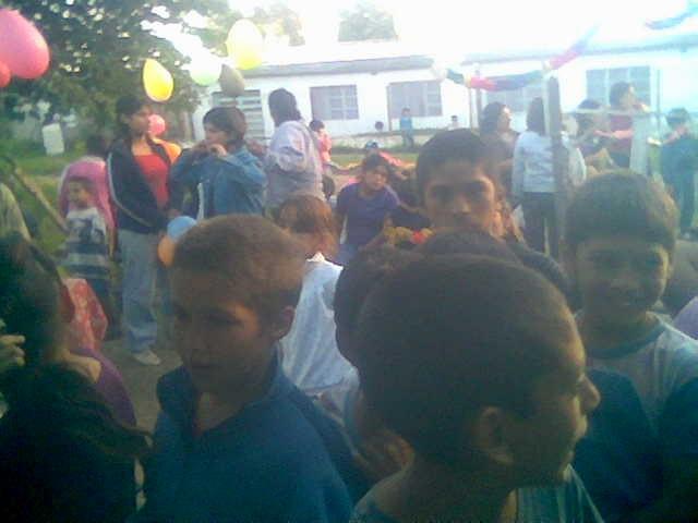 FIESTA DÌA DEL NIÑO EN LA COMUNIDAD GUAGUAJNI JALLPA AÑO 2008