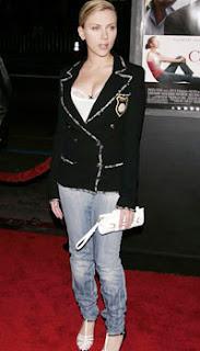 Skinny Jeanz and Celebs!! Scarlett_Johansson