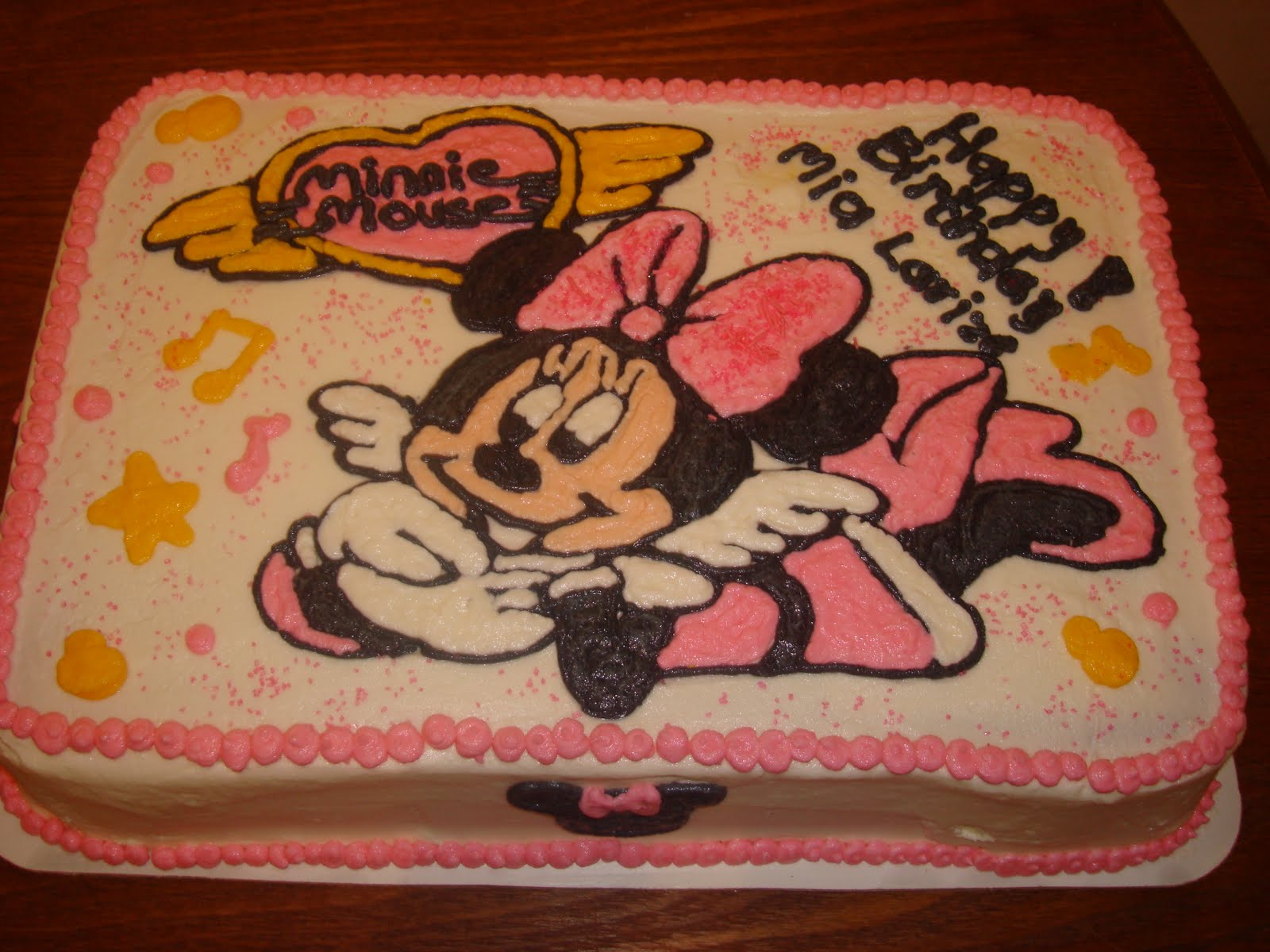 Delicious Cakes Minnie Mouse Cake