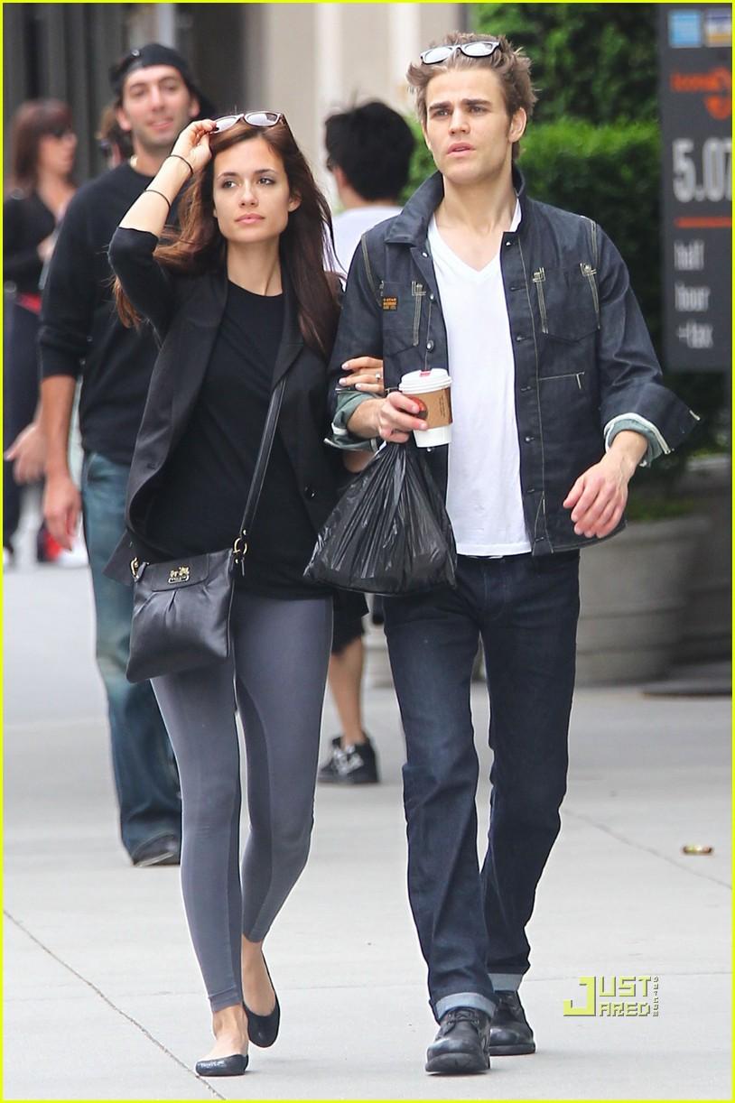 Vampire Diaries Addiction Lovers.: Paul com sua namorada em NY руперт гринт 2017