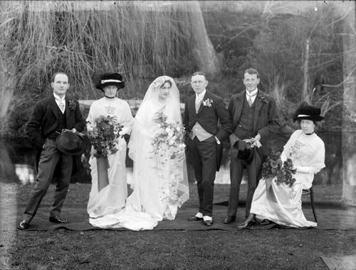 [wedding.jpg]