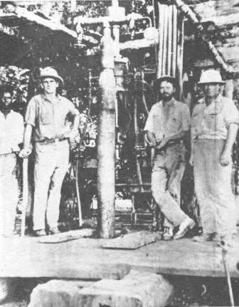 [shell_drilling_crew_1927_com.jpg]