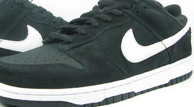 Nike SB Sole  Nike SB Dunk Low Black White Sample 2009 Release c60623f63