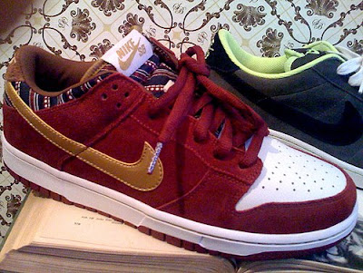best website 53b73 05625 Nike Dunk Low SB Red White Gold Thin Tongue SB THIN VERSUS FAT
