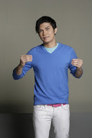 Vhong Navarro , papalicious? Not! hahahawell, different strokes for