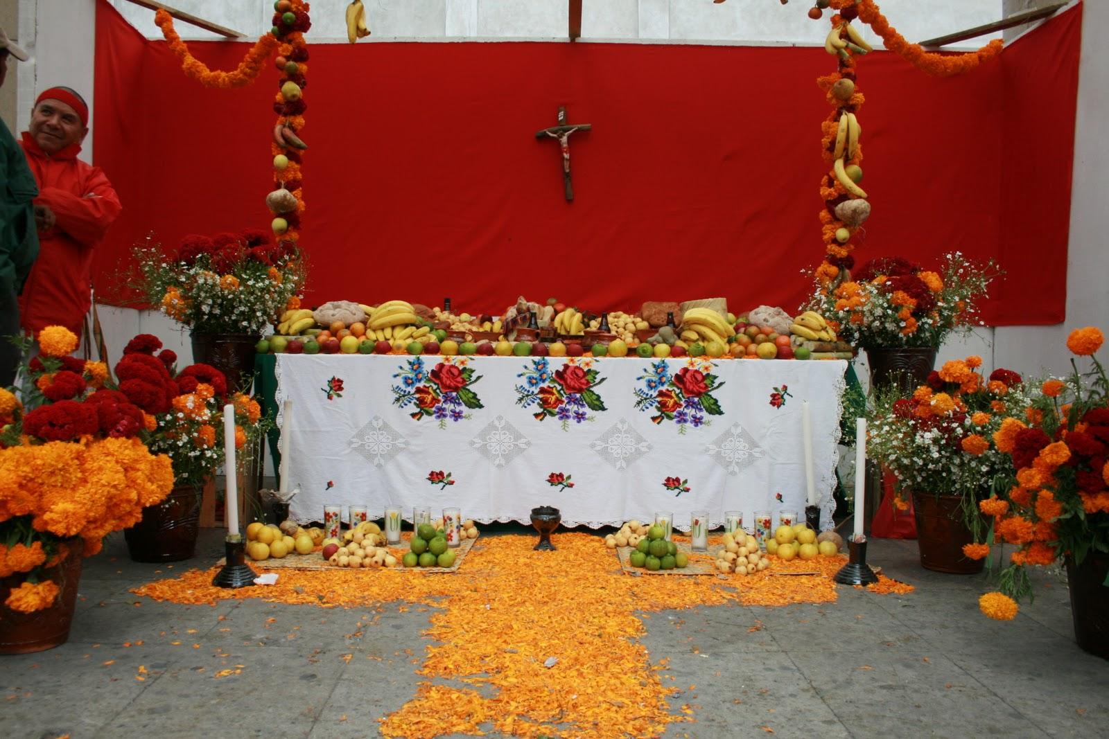 CULTURA TOLUCA Ofrendas del CEDIPIEM en la Gonzlez Arratia