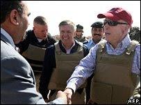 mccain n graham in iraq-mar2008