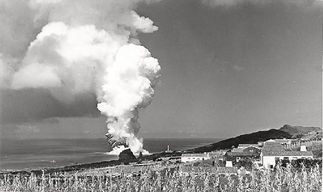 Masago Capelin Karaca Mail: Das Artes Plasticas: Vulcão Dos Capelinhos