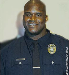 Hand over your badge, Shaq