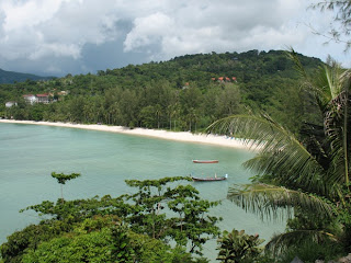 View of Tri Trang beach from the road to Paradise Beach