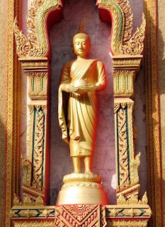 Buddha image at Chalong Temple
