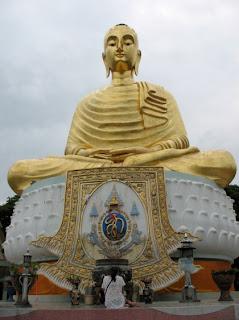 Prayers at the Big Buddha, Wat Tang Sai, Ban Krud