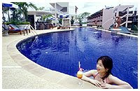 Pool at Karon Princess