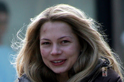 Celebrity Upchuck™: More Michelle Williams On the Set of ...